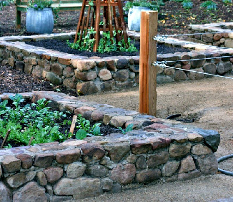 Use Mortor Stone for Raised Bed Gardens